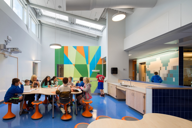 Gallery of Woodland Elementary School / HMFH Architects - 9