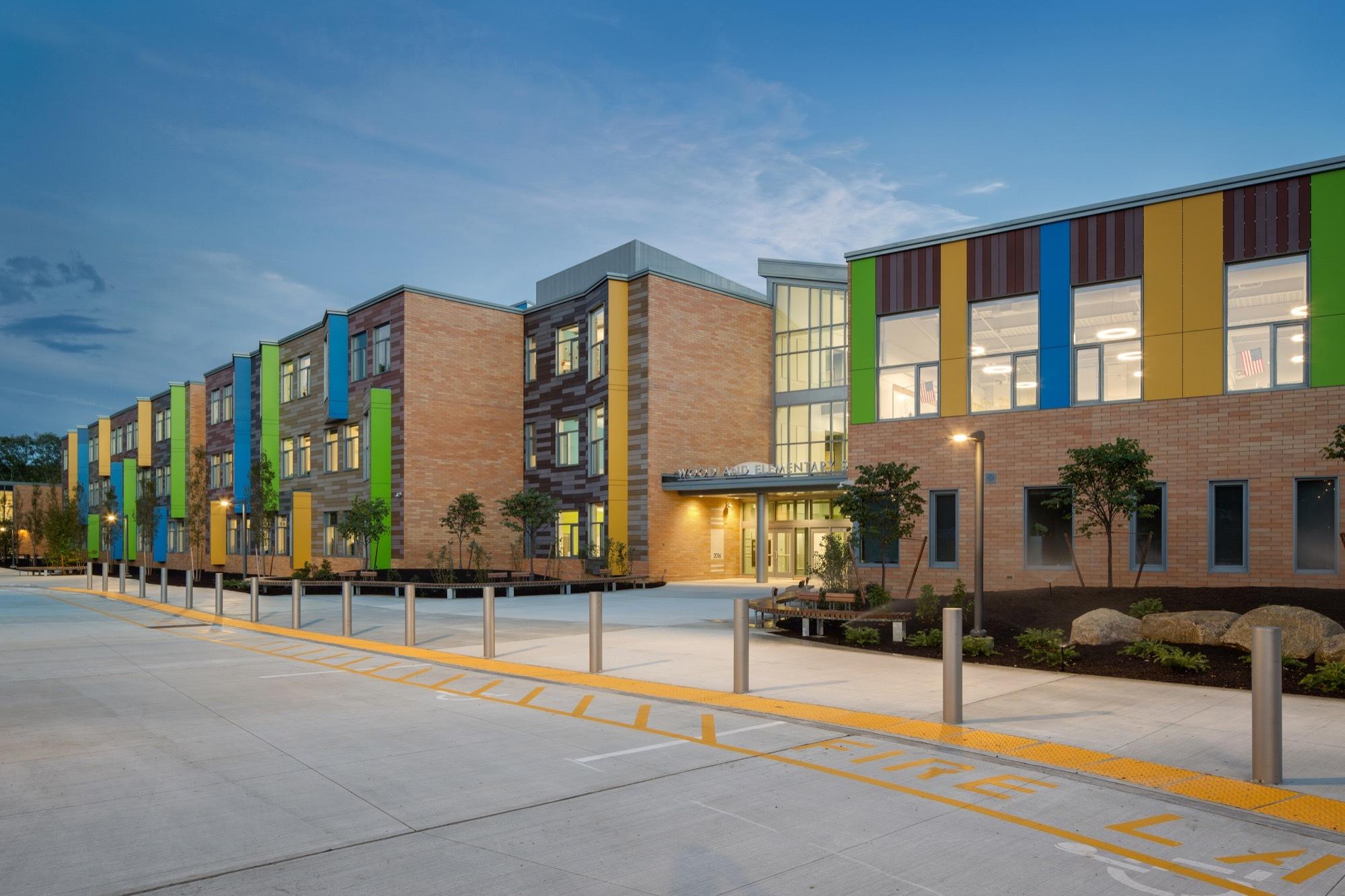 Gallery of Woodland Elementary School / HMFH Architects - 15
