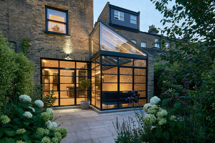 115 Highbury Hill / Blee Halligan, © Robert Battersby