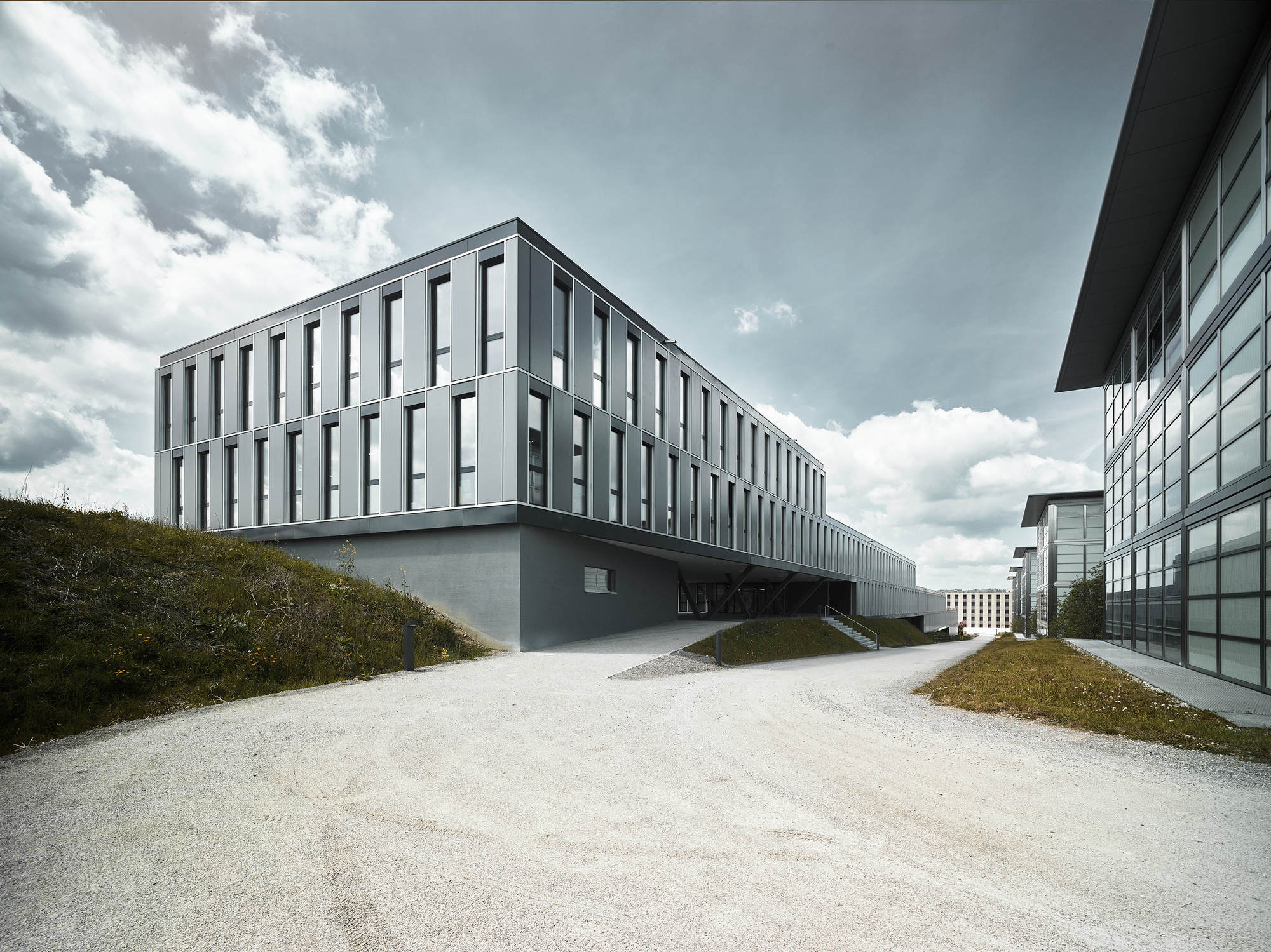 Hcp office and seminar building z st g beli gambetti for Architecture zurich