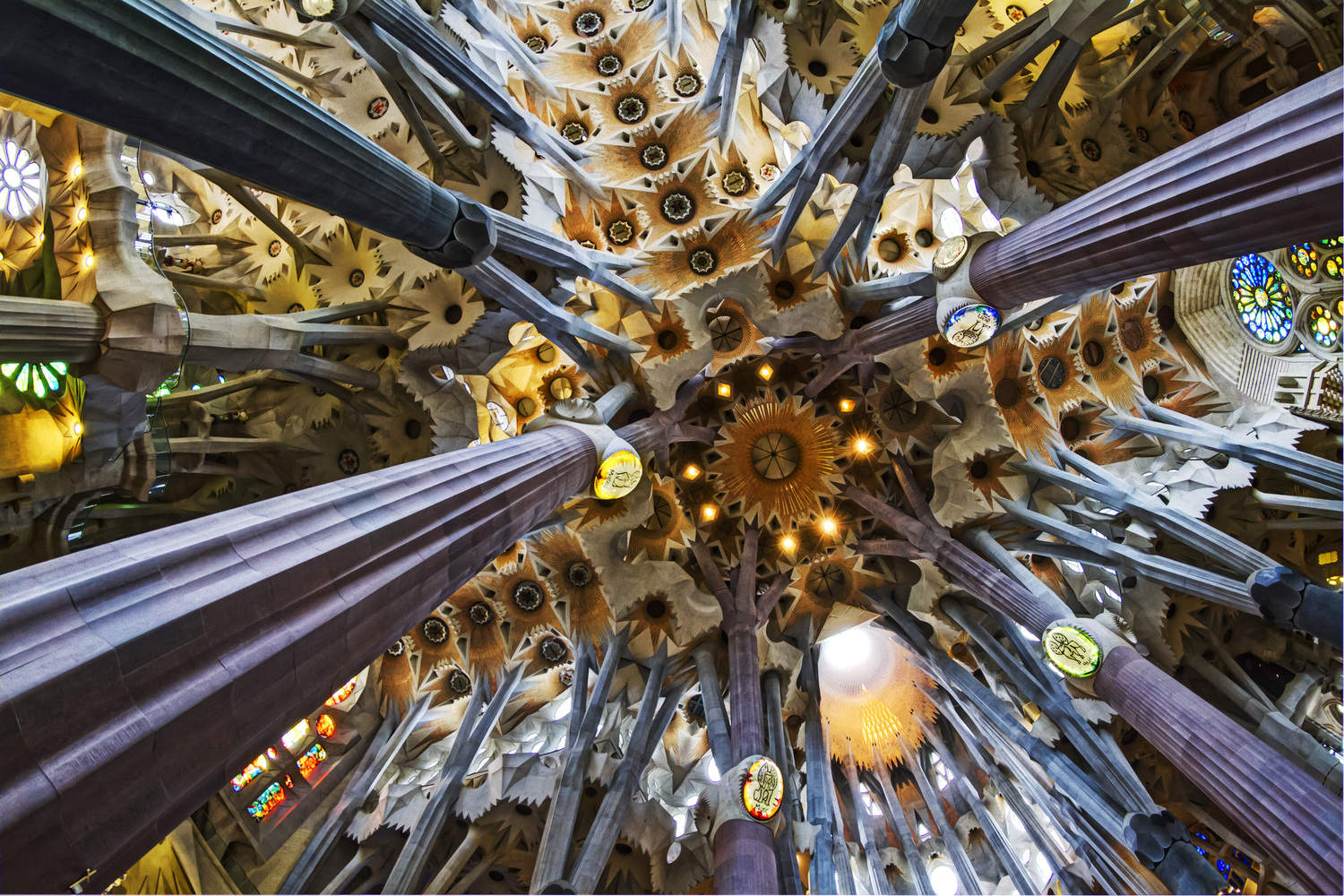 Gallery of Trouble Hits the Final Stages of Gaudí\'s La Sagrada ...