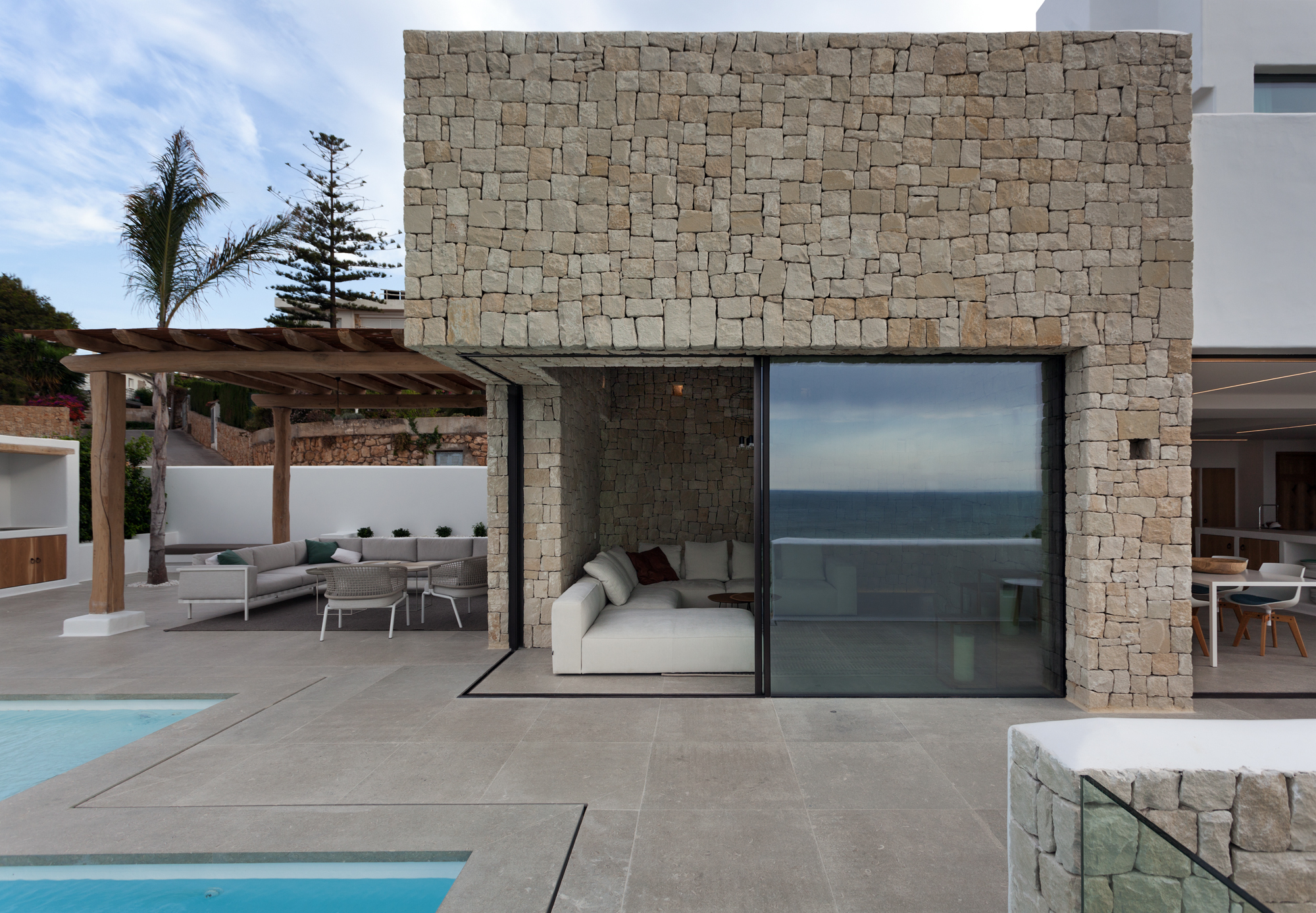 Galeria de casa driessen antonio altarriba arquitecto 2 - Revestimiento para exteriores ...