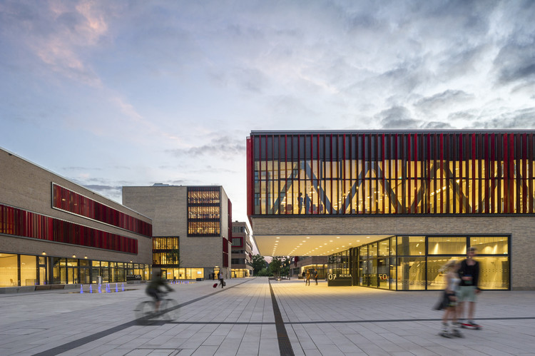 Ruhr West University of Applied Sciences / HPP Architects + ASTOC, © Christa Lachenmaier
