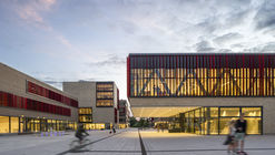 Universidad de Ciencias Ruhr West / HPP Architects + ASTOC