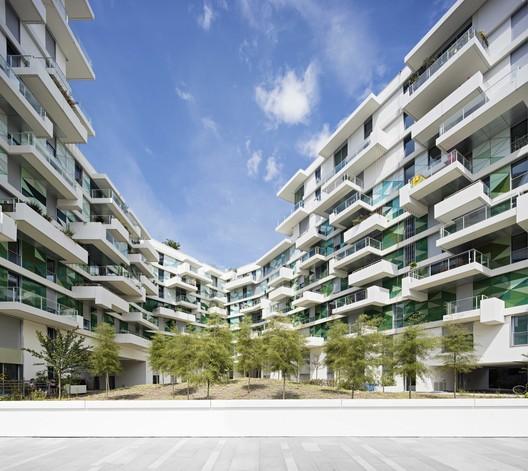 'UNIK' Apartments / Beckmann-N'thepe Architectes