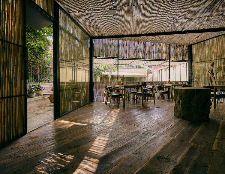 Chaimiduo Farm Restaurant and Bazaar / Zhaoyang Architects, © Pengfei Wang