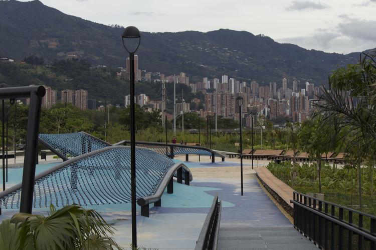 ¿En qué está el proyecto Parques del Río en Medellín?, © Antonio Maggiolo