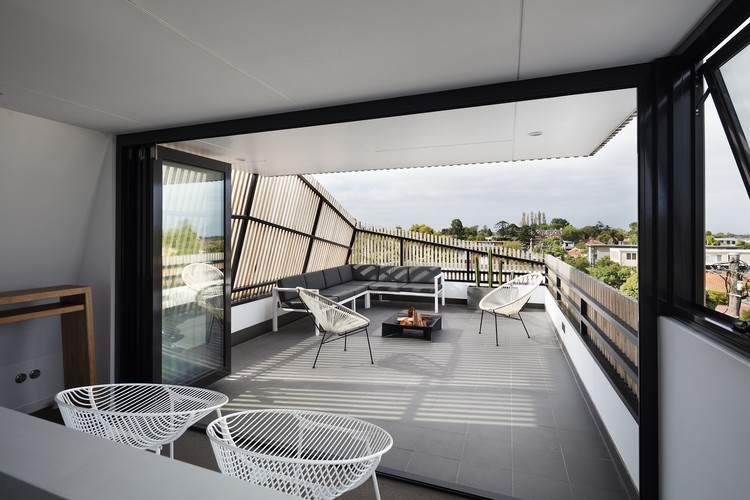 St Kilda East Townhouses / Jost Architects, © John Gollings