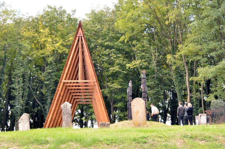 Funeral Chapel and Memorial Place / Modum, © András Krizsán + Alexandra Varbai