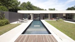 House in Charbonnières-les-Bains  / Atelier Didier Dalmas