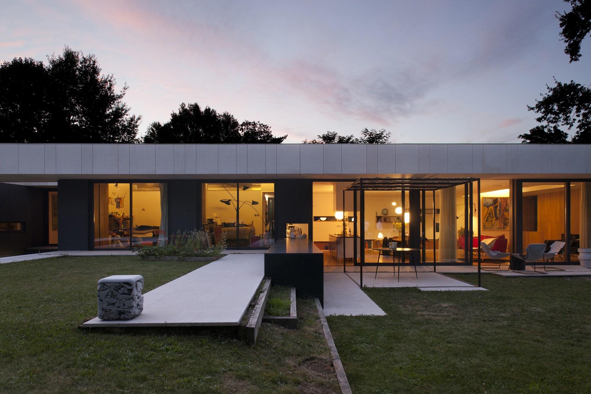 galer a de casa en charbonni res les bains atelier didier dalmas 12. Black Bedroom Furniture Sets. Home Design Ideas