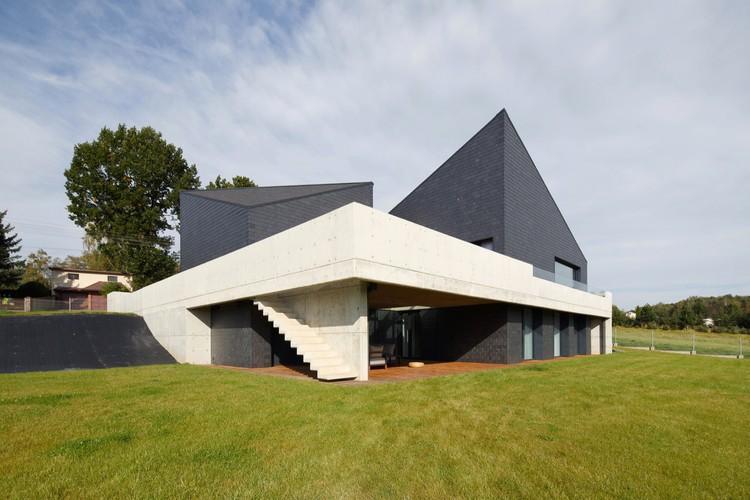 House in Krostoszowice / RS + Robert Skitek, © Tomasz Zakrzewski
