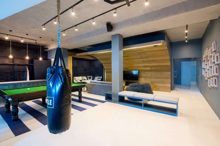 Mini Man Cave Locations : Urban man cave inhouse brand architects archdaily