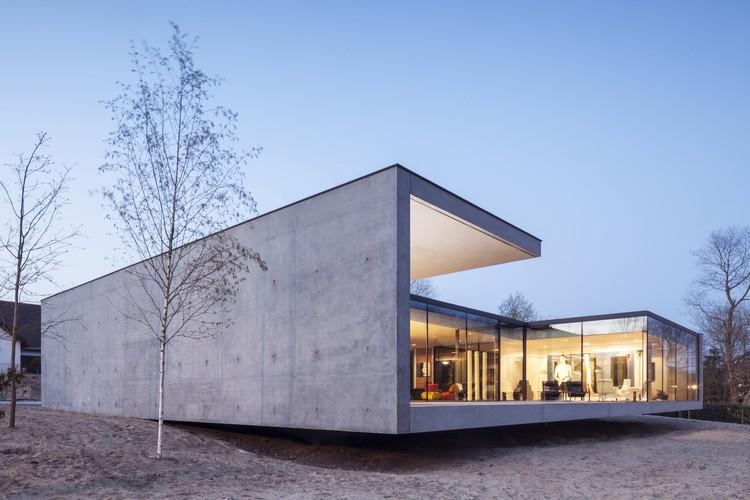 Villa KDP / Govaert & Vanhoutte Architects, © Tim Van De Velde