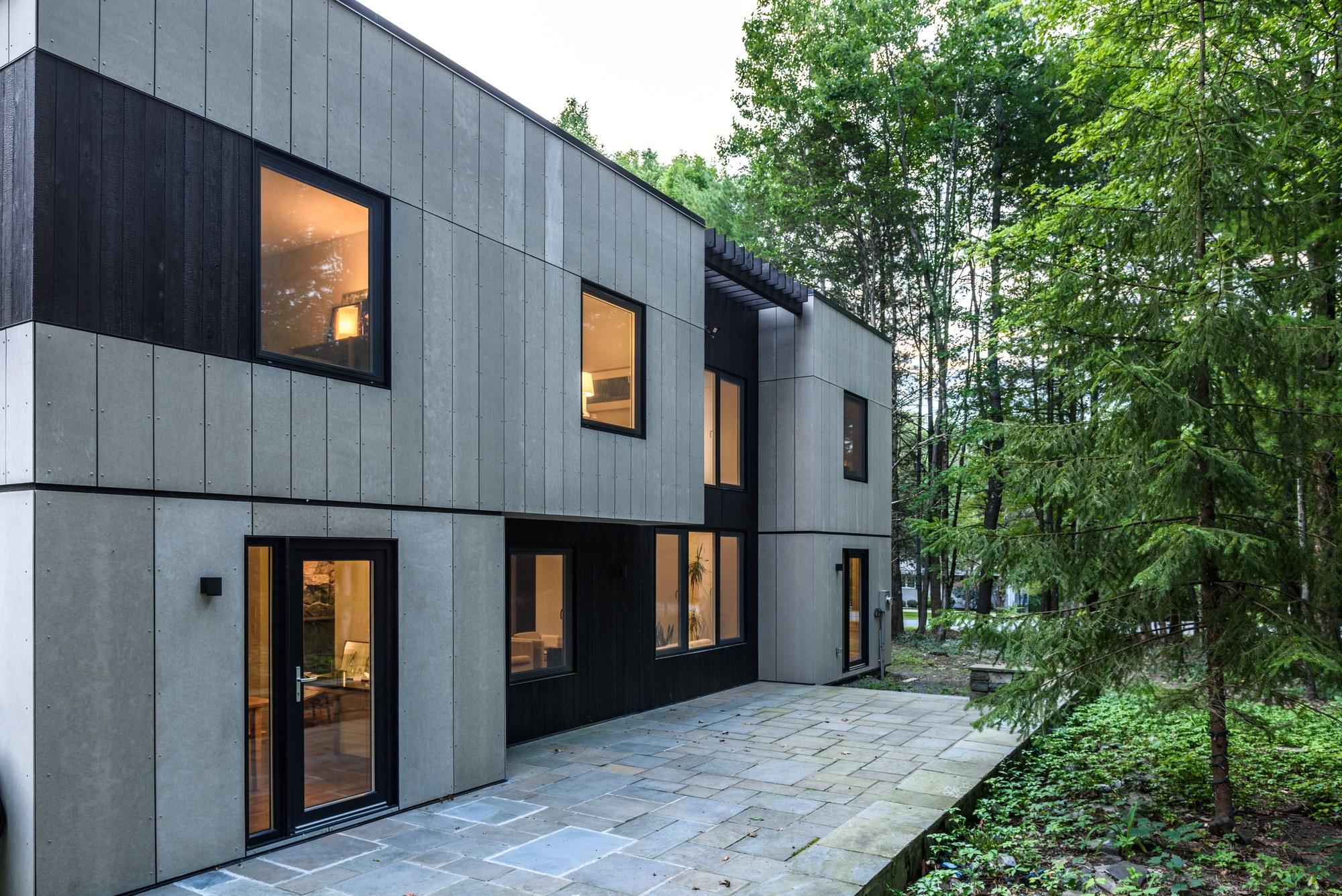 Gallery of New Paltz House / AlexAllen Studio - 7