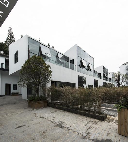 7 Slope Studios / NAN Architects, © XIAO Xiao