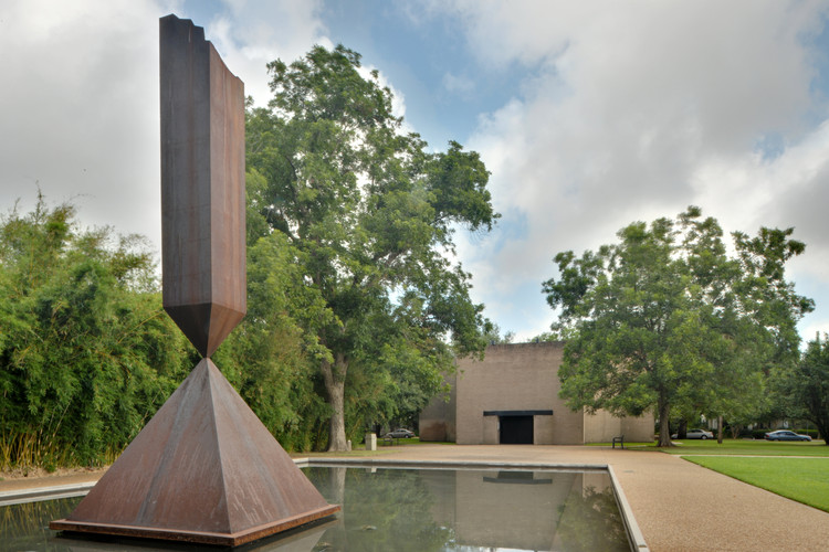 Architecture Research Office Selected to Renovate Philip Johnson-Designed Rothko Chapel, © flickr user euthman. Licensed under CC BY 2.0