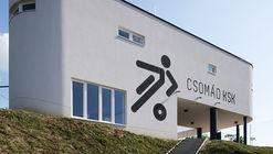 Sports Center Csomád / Kolossa Architects