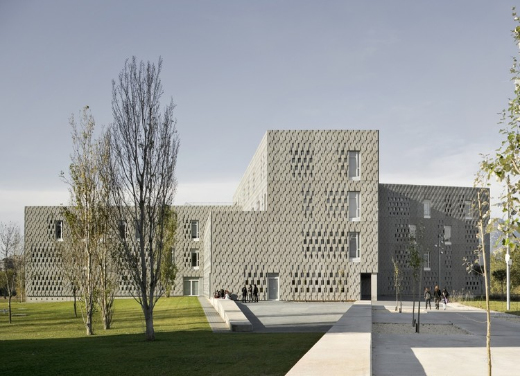 URV University Campus  / Josep Ferrando + Pere Joan Ravetllat  + Carme Ribas, © Pedro Pegenaute