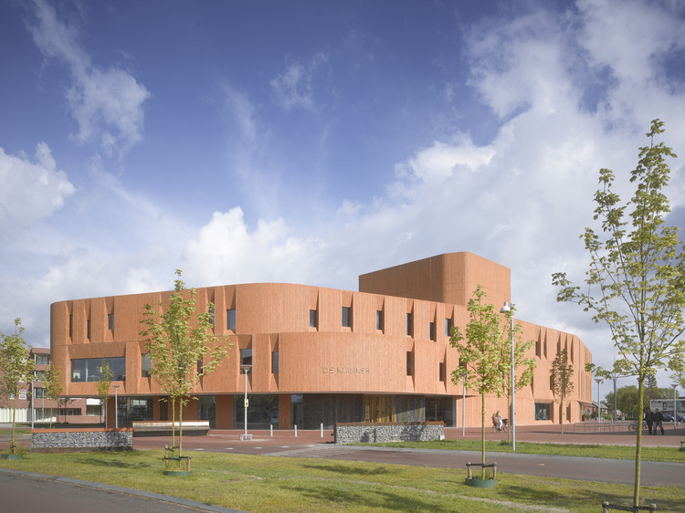 The Klinker Cultural Centre, Winschoten / atelier PRO, © Roland Halbe
