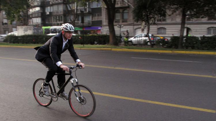 No Pedal para o Trabalho: ação incentiva a mobilidade corporativa em São Paulo, © Bilobicles Bag, via Flickr. Licença CC BY-NC 2.0