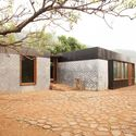 Carrimjee House, Kankeshwar, Alibuag, Maharashtra, India (2014). Image Courtesy of Studio Mumbai