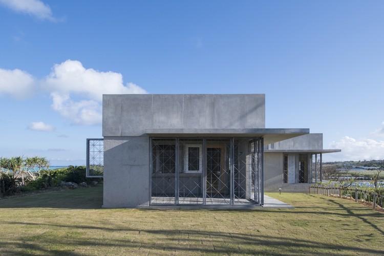 Casa en Yoron / Case-Real, © Hiroshi Mizusaki