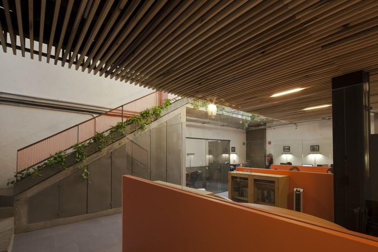 Oficinas Grupo Arión  / dmp arquitectura, © Onnis Luque