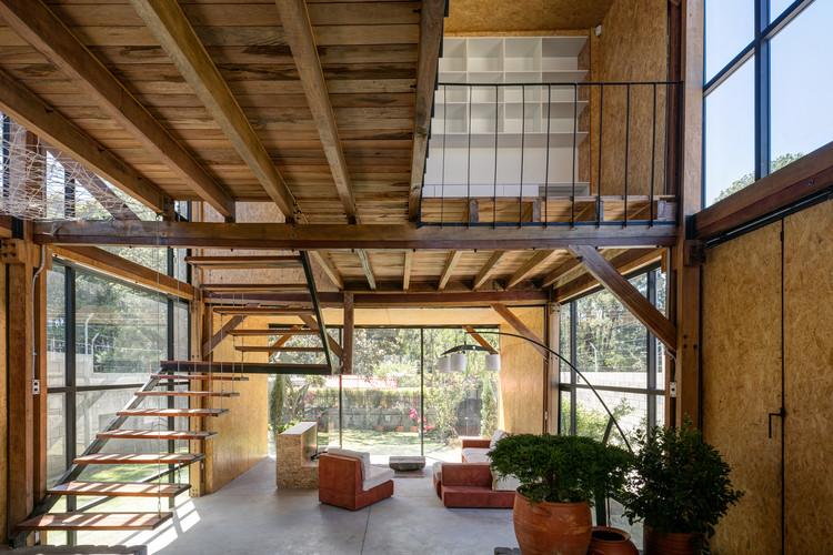 Casa Retoños / ESEcolectivo Arquitectos, © Lorena Darquea