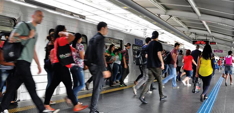 """WRI Brasil Cidades Sustentáveis lança manual de mobilidade corporativa, via Manual """"Passo a passo para a construção de um Plano de Mobilidade Corporativa"""""""