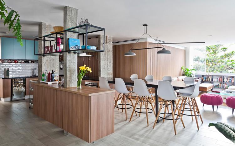 Apartamento Goma  / Plure Arquitetura  + MPA Pedreira de Freitas Arquitetos, © Maíra Acayaba