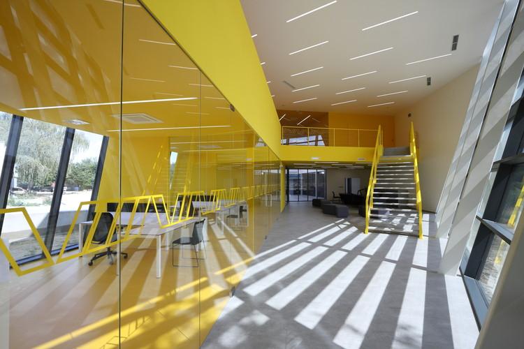 Gumex Eslovaquia / Pauliny Hovorka Architekti, © Branislav Hovorka