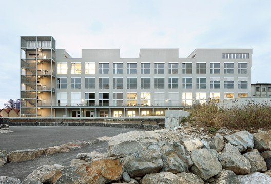 Lucerne School of Art and Design / EM2N