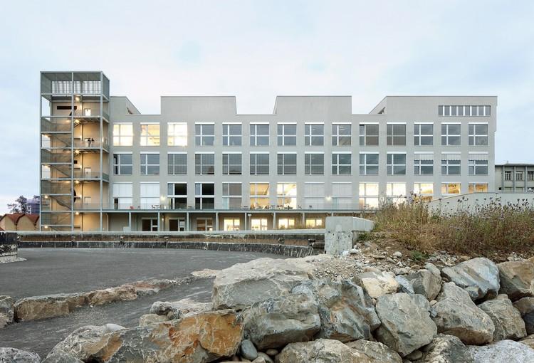 Escuela de Arte y Diseño Lucerne / EM2N, © Filip Dujardin