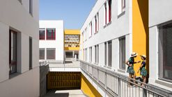 22 Social Dwellings in Chipiona / Gabriel Verd Arquitectos