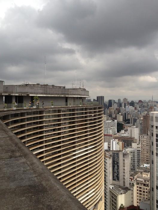 Percursos pela arquitetura e cultura urbana na São Paulo do século XX, Copan
