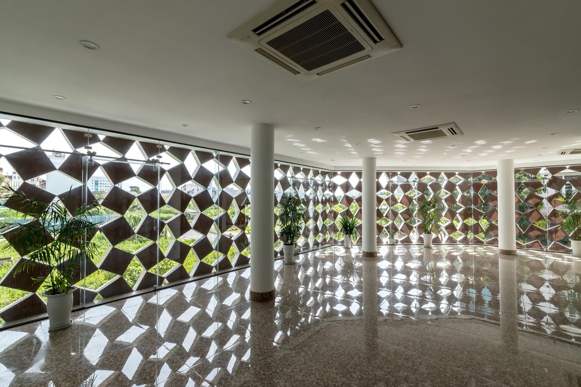 Galería de Casa de respiración adecuada / H&P Architects - 8