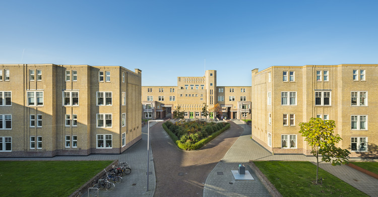 Rehabilitation of Netherlands Complex Wins World Monuments Fund/Knoll Modernism Prize 2016, © Molenaar & Co. architecten/Bas Kooij