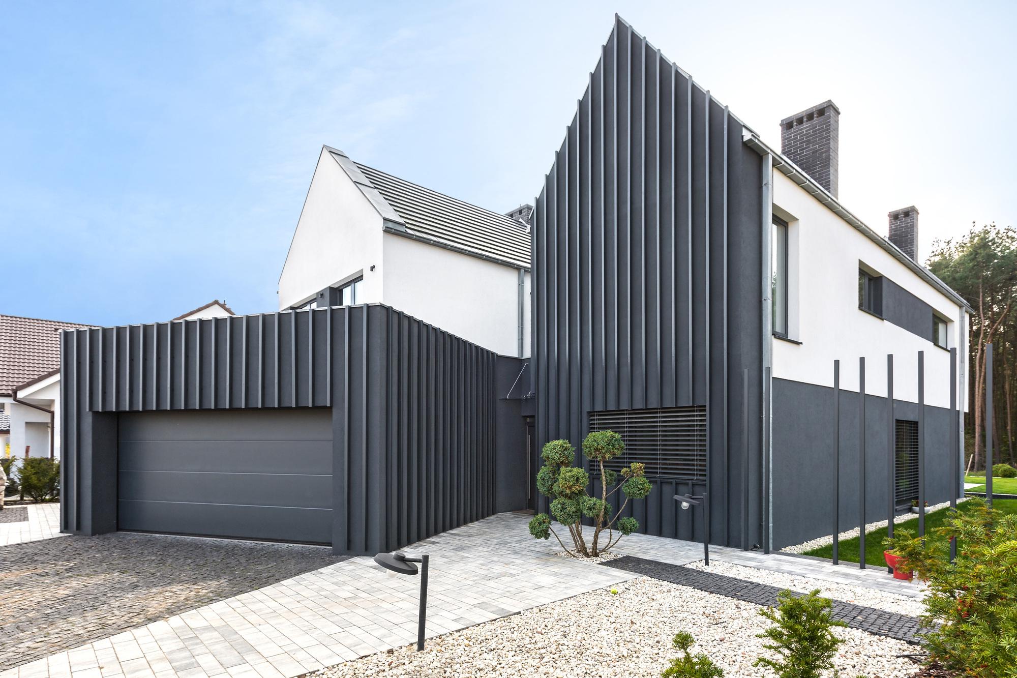 Fence house modelina architekci archdaily