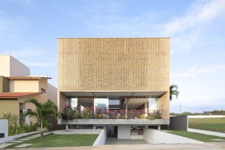 Residencia KS  / Arquitetos Associados, © Joana França