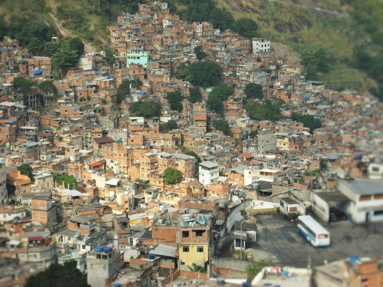 A importância e os desafios de colocar as favelas no mapa, © flickr user justinknabb (CC BY-SA 2.0)