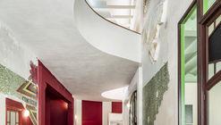 Sala Beckett / Flores & Prats