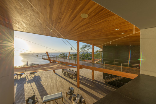 Cielo Mar Residence / Barnes Coy Architects