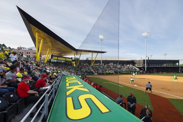 University of Oregon Jane Sanders Stadium / SRG Partnership, © Lawrence Anderson