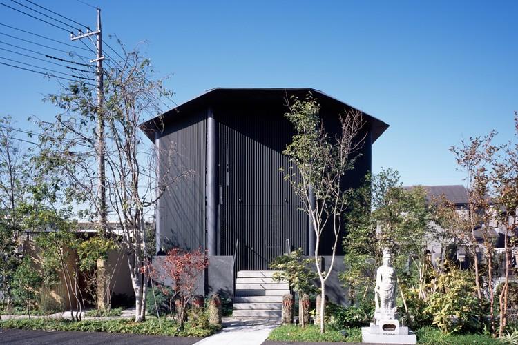 Hasshoden-Charnel House in Ryusenji Temple / Love Architecture, © Masao Nishikawa
