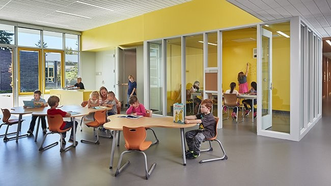 Northwood Elementary School In The Mercer Island School District. Image ©  Benjamin Benschneider