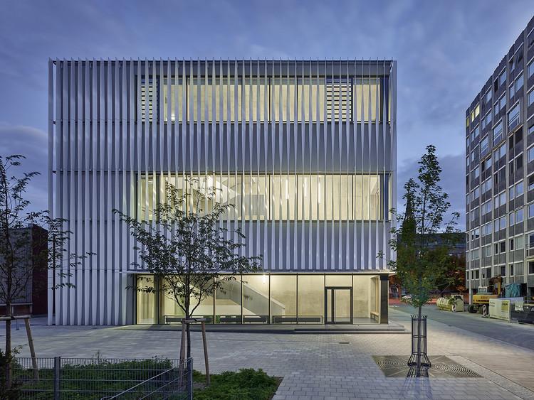 Sporthalle Kepler- und Humboldt-Gymnasium / h4a Architekten, © Zooey Braun