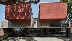 Dellano Store  / Une Arquitetura + Arqmais Arquitetura