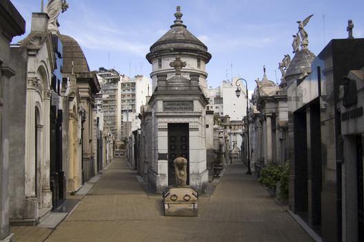 Resultado de imagen para cementerio de la recoleta