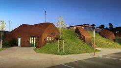 Noto-Lucchesi Stadium / Studio NAOM